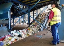 Tipos de recursos naturales, residuos  planta de reciclaje